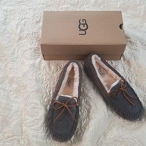 Ugg Dakota slipper in pewter grey